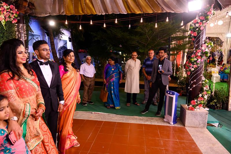 2019-12-Ganesh+Supriya-5045.jpg