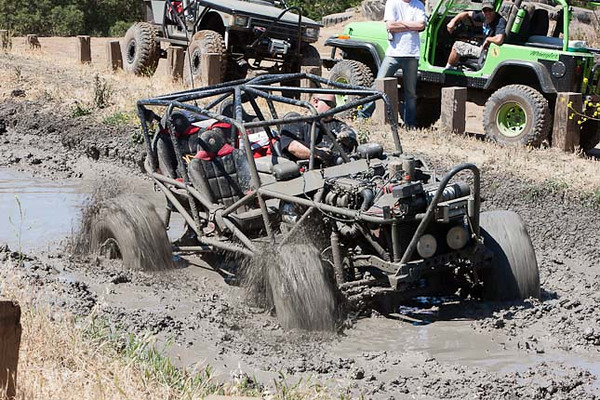 molina-jason-trying-mud-pit-3.jpg