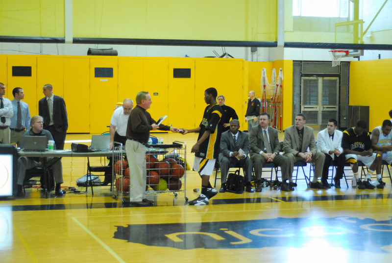 20090301_MCC Basketball_5755.JPG