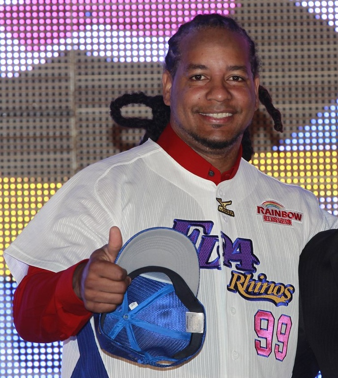 """. <p>10. (tie) MANNY RAMIREZ <p>Major league dream looks dead unless he can find some stronger drugs. (previous ranking: unranked) <p><b><a href=\'http://sports.yahoo.com/blogs/mlb-big-league-stew/manny-ramirez-released-texas-rangers-end-211030810.html\' target=\""""_blank\""""> HUH?</a></b> <p>    (AP Photo/Wally Santana, File)"""