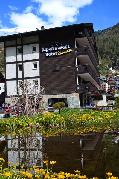 Zermatt hotel - 2013-05-20 at 10-02-50.jpg