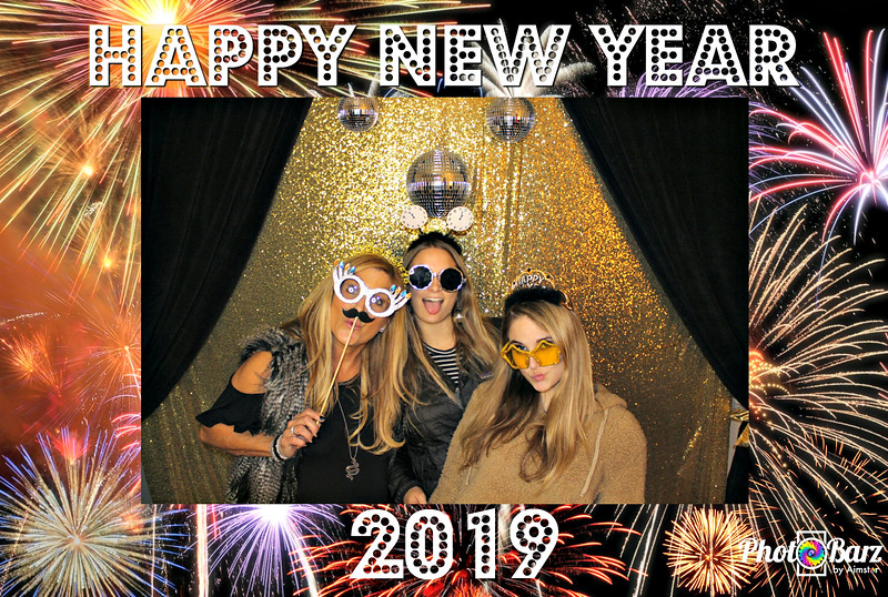 New Years 2019 Photobooth Pics (54).jpg