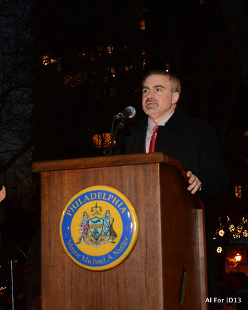 Dec 3, 2013 The Rittenhouse Square Tree Lighting Ceremony