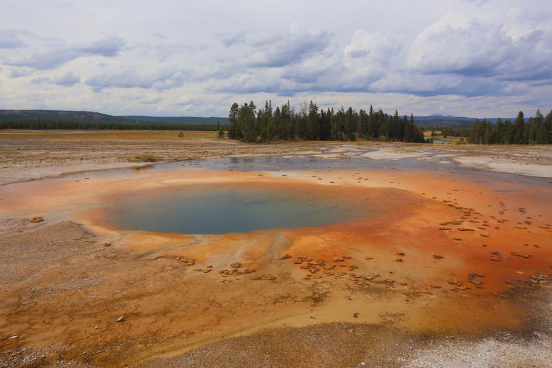 Yellowstone 102.JPG