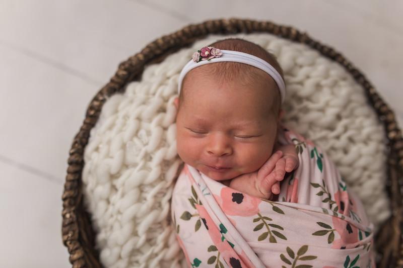 Kaylyn Newborn-31.jpg
