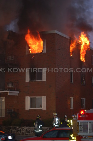 Revere, MA - 4th Alarm - Revere Beach Blvd - 3/31/06