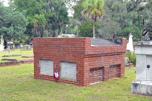 Oak Grove Cemetery Cleaning & Repairs 08-26-19