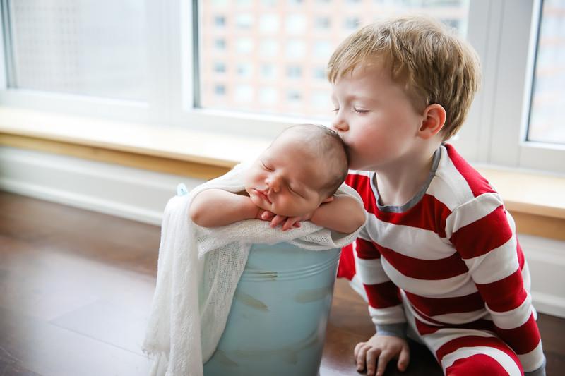 newport_babies_photography_newborn_boy_at_home-5008-Edit-1.jpg
