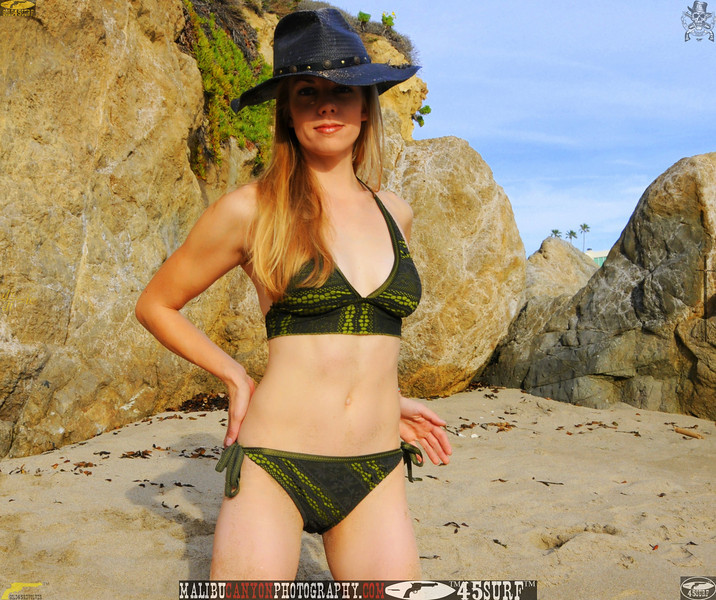 swimsuit model dancer mikini malibu 45surf 600..345