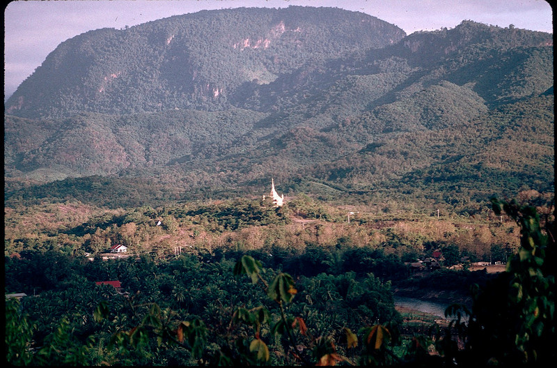 LaosCanada1_012.jpg