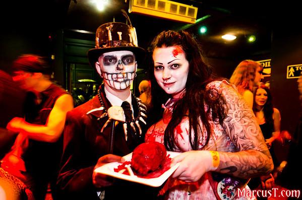 20111029 - Club Antichrist Halloween 2011 - Crowd #2
