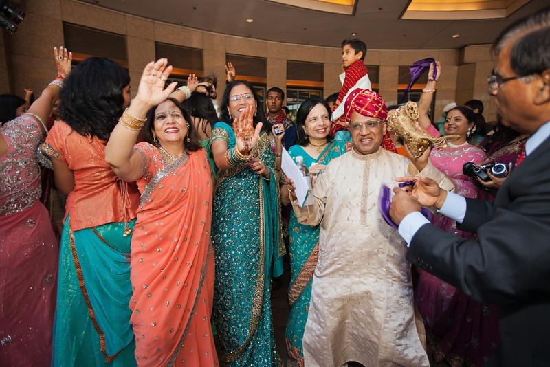 Shikha_Gaurav_Wedding-600.jpg