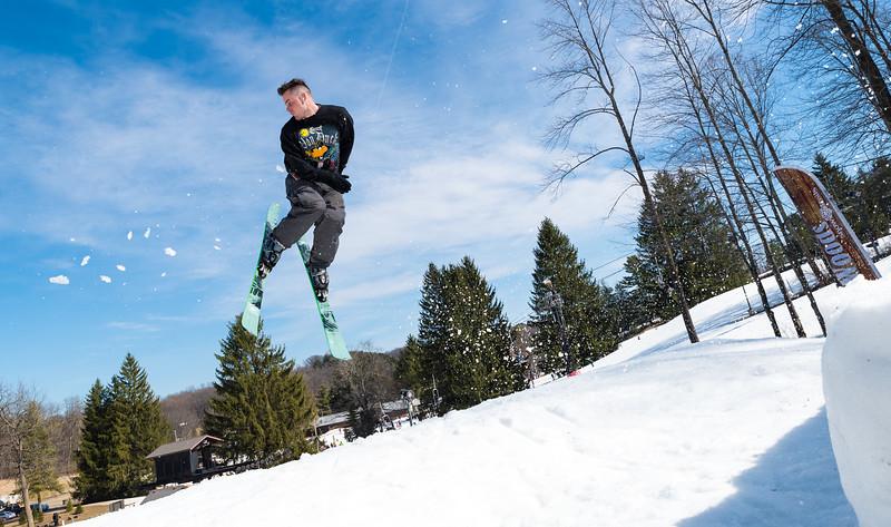 Backyard-BBQ-The-Woods-16-17_Snow-Trails-Mansfield-Ohio-1340.jpg