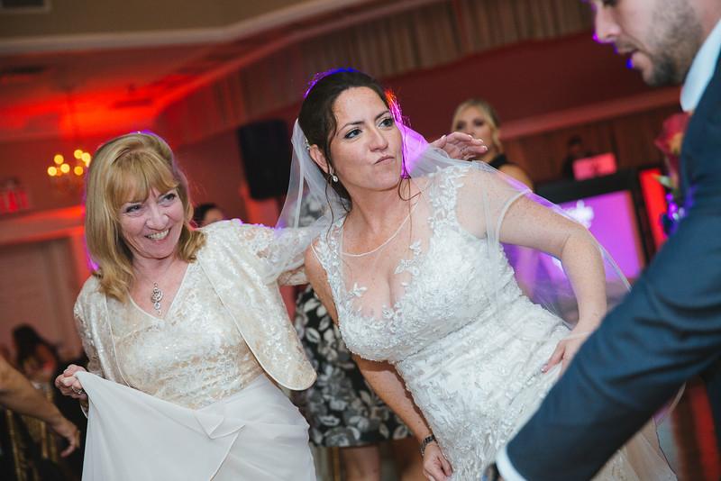 1311_loriann_chris_new_York_wedding _photography_readytogo.nyc-.jpg