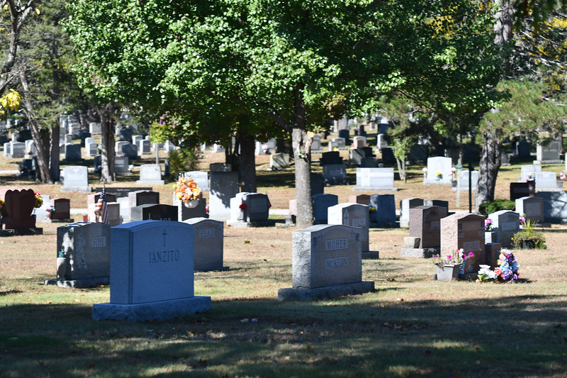 St-Joseph-Cemetery-Oct2019-128.jpg