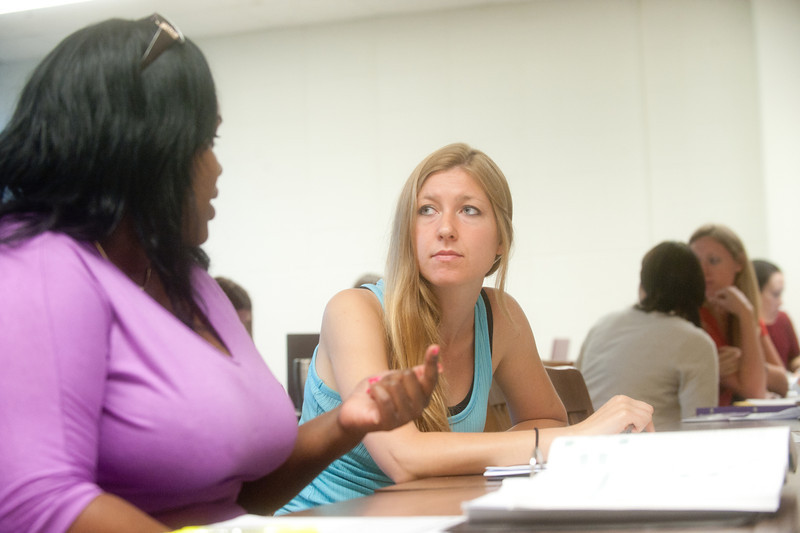 05_31_11_nursing_classroom-4112.jpg