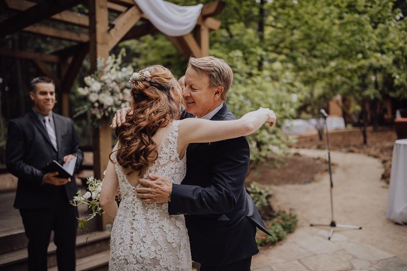 2018-05-12_ROEDER_JulieSeth_Wedding_ROEDER1_0121.jpg