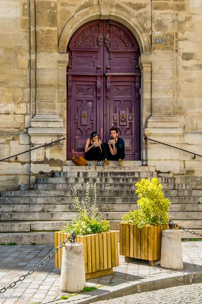 Lunch break for two Paris.jpg