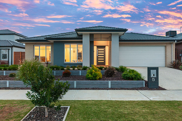 5 Sandymount Drive Clyde North