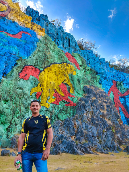 vinales prehistoric mural michel.jpg