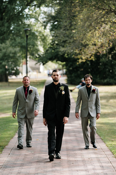 rustic_ohio__fall_barn_wedding-100.jpg