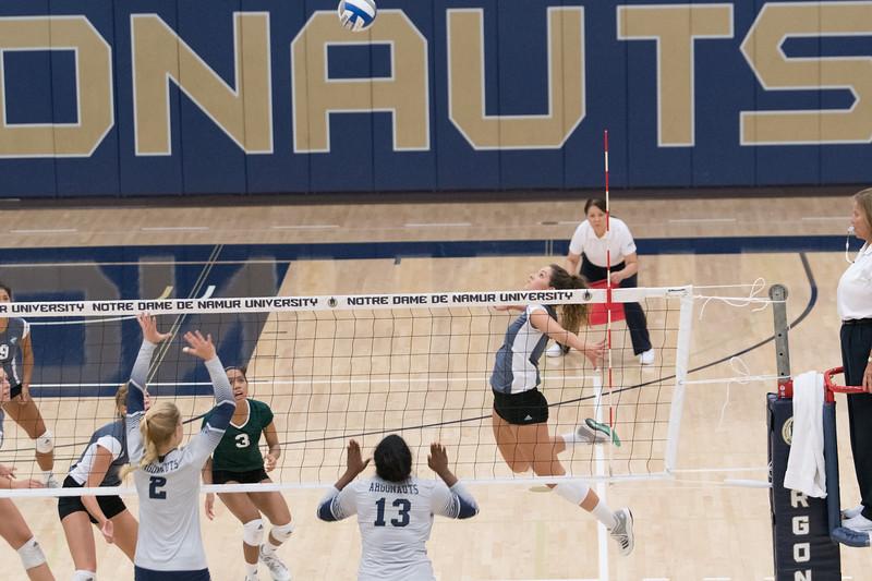 HPU Volleyball-92292.jpg