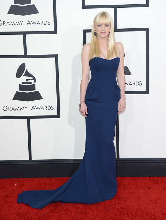 . Anna Faris arrives at the 56th annual Grammy Awards at Staples Center on Sunday, Jan. 26, 2014, in Los Angeles. (Photo by Jordan Strauss/Invision/AP)