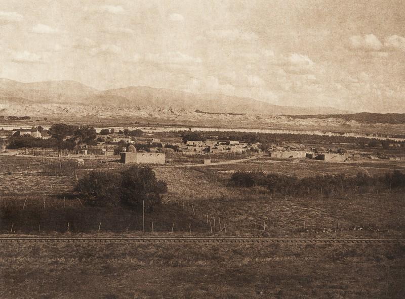 Santa Clara and the Rio Grande (The North American Indian, v. XVII. Norwood, MA, The Plimpton Press,  1926)