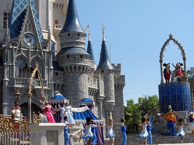 Disney 2013 - Senior Trip BroRoger