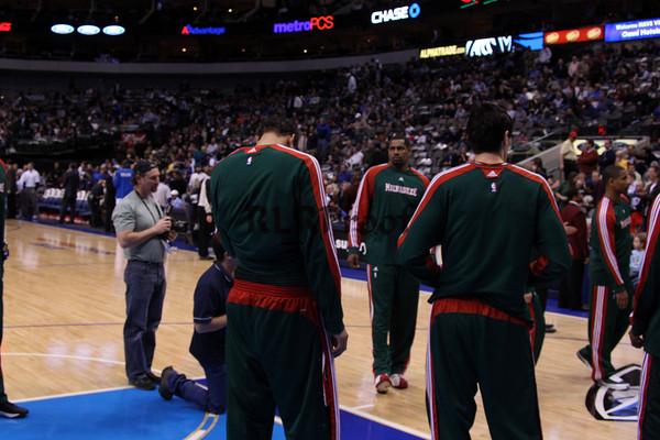 Dallas Mavericks vs Milwaukee Bucks Jan 26, 2010