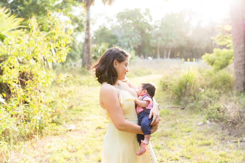 Motherhood Session-112.jpg
