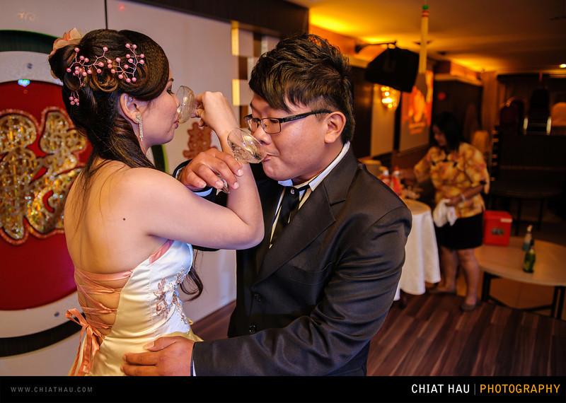 Chee Hou + Li Li - Actual Day Bride Dinner -_-109.jpg
