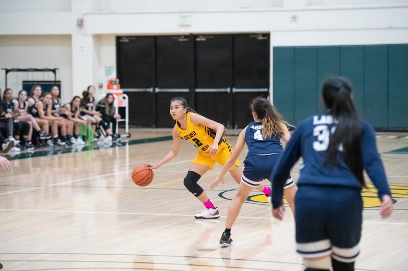 Basketball-W-2020-01-31-7641.jpg
