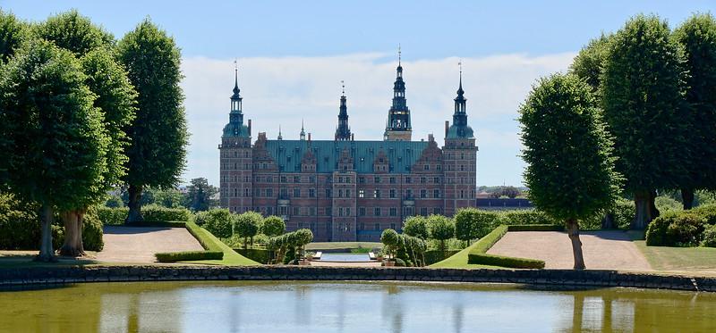 Frederiksborg Castle Park and Baroque Garden