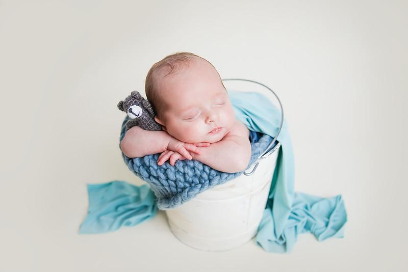 newport_babies_photography_hot_air_balloon_cakesmash-1076-1.jpg