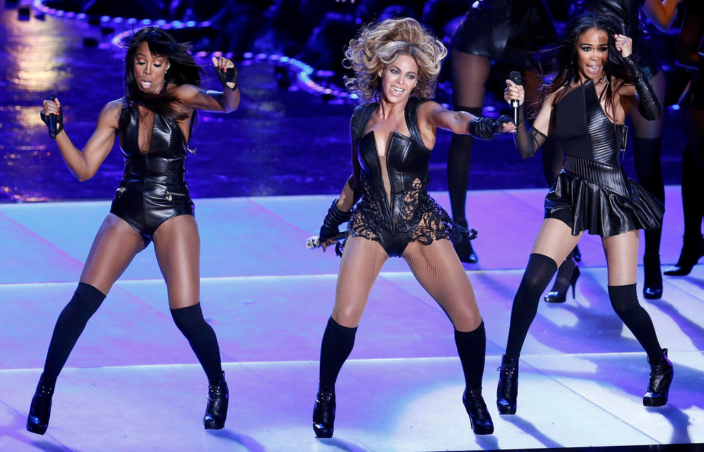 . Beyonce (C) and Destiny\'s Child perform during the half-time show of the NFL Super Bowl XLVII football game in New Orleans, Louisiana, February 3, 2013.  REUTERS/Jonathan Bachman