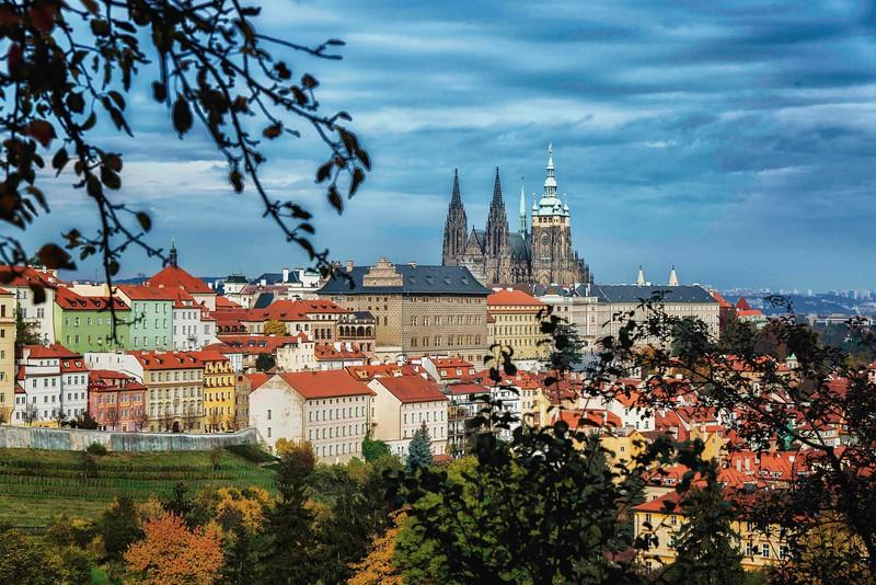 13-09Fall-Prague-99-Edit-2.jpg