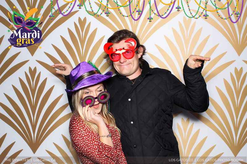 LOS GATOS DJ - The Bywater's Mardi Gras 2021 Photo Booth Photos (beads overlay) (21 of 29).jpg