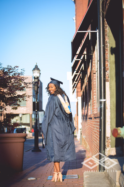 Brittany Dixon Grad-2759.jpg