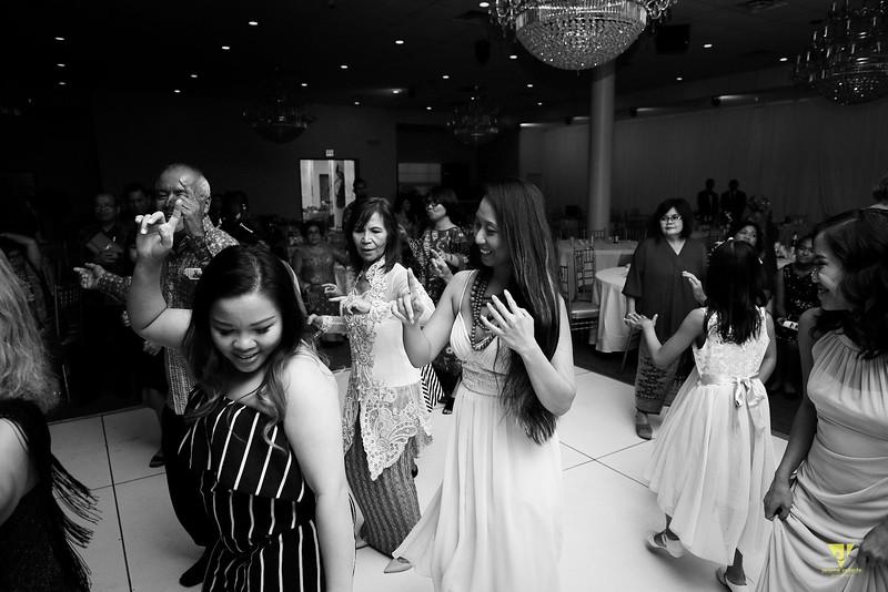 Wedding of Elaine and Jon -755.jpg