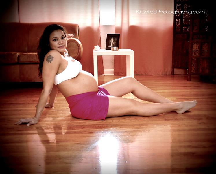 M Maternity Photos 240.JPG