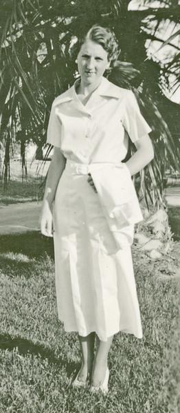 Elizabeth - 17.jpg