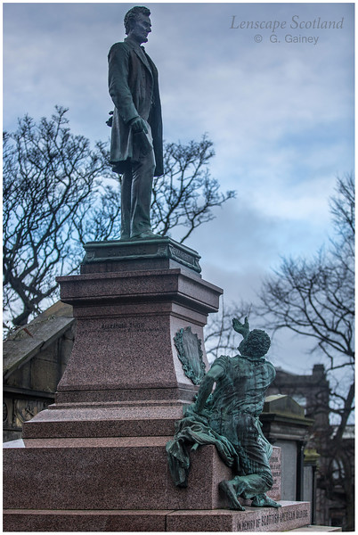 Abraham Lincoln statue, Calton Old Burial Ground
