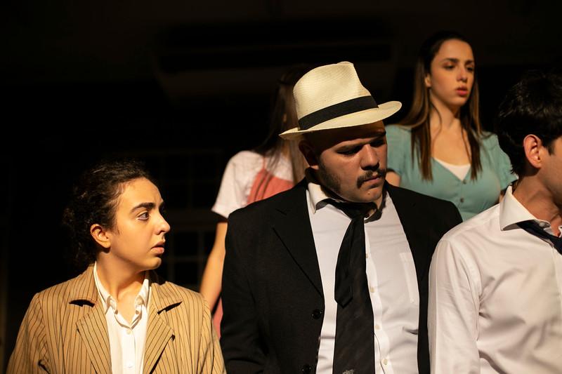 Allan Bravos - Celia Helena - O Beijo no Asfalto-1209.jpg