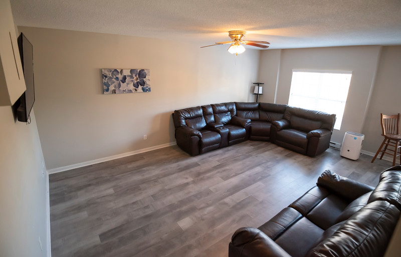 20191125 Rental Property Heatherview Lane 042Ed.jpg