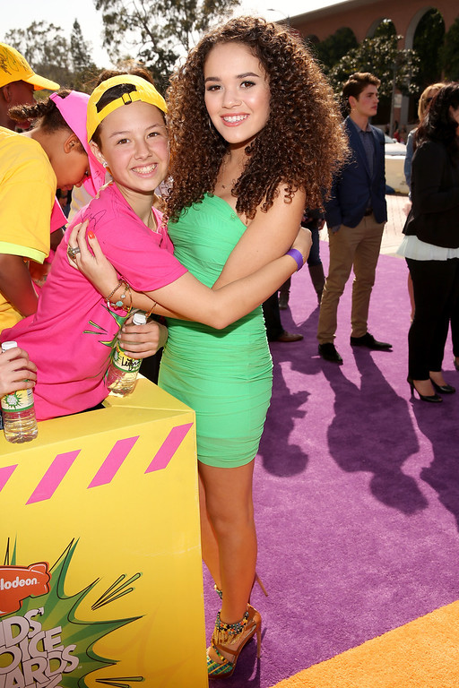 . LOS ANGELES, CA - MARCH 23:  Actress Madison Pettis (R) arrives at Nickelodeon\'s 26th Annual Kids\' Choice Awards at USC Galen Center on March 23, 2013 in Los Angeles, California.  (Photo by Christopher Polk/Getty Images for KCA)