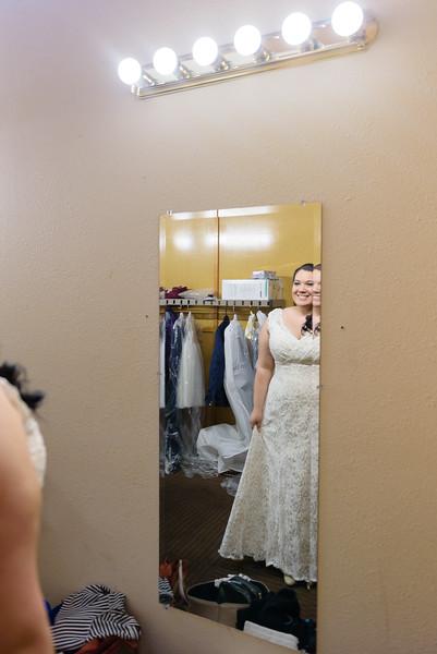 Bride&Bridesmaids_29.jpg