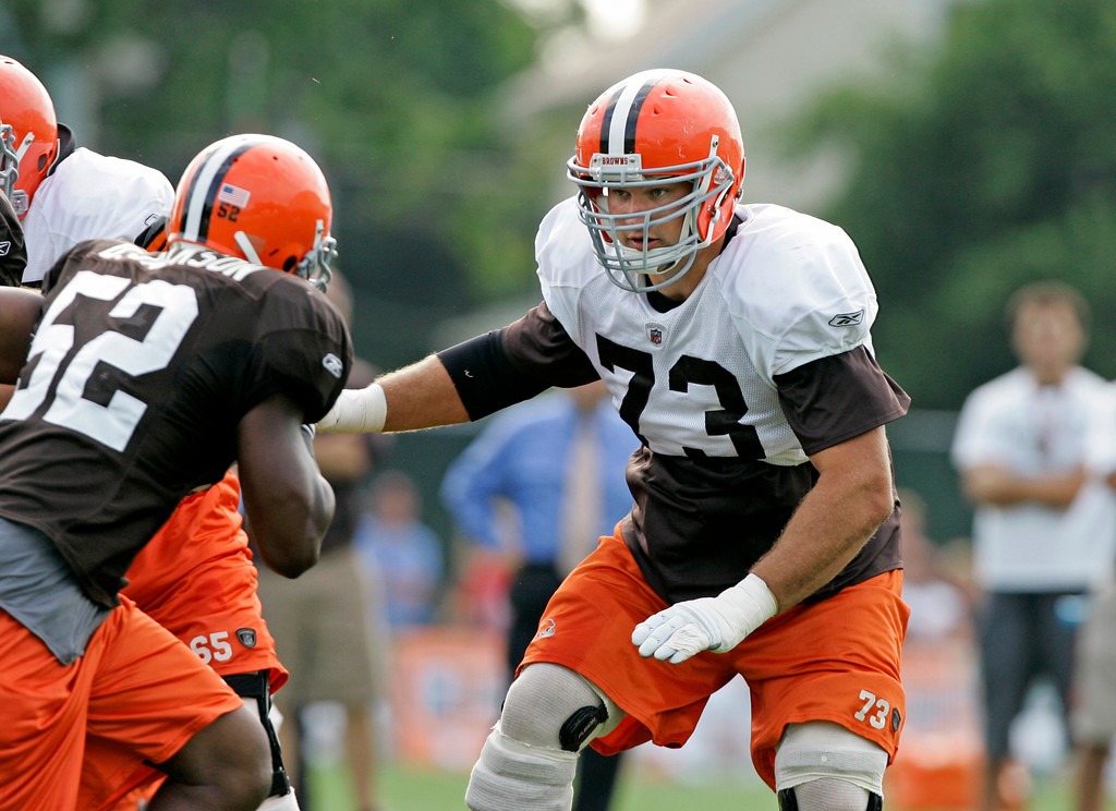 . Cleveland Browns offensive lineman Joe Thomas (73) blocks during practice at the team\'s football training camp Monday, Aug. 4, 2008, in Berea, Ohio. (AP Photo/Mark Duncan)
