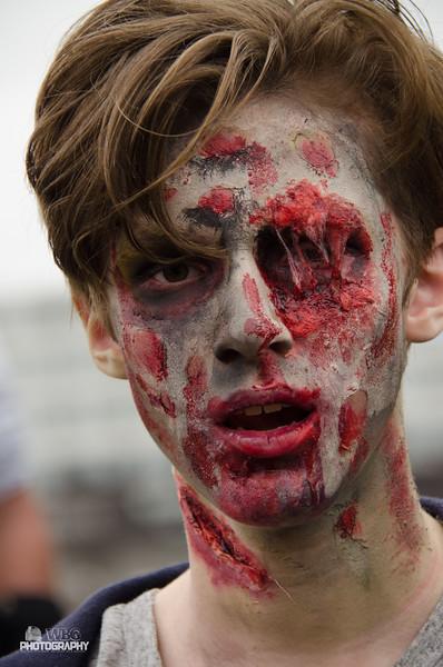 ZombieWalk-370.jpg