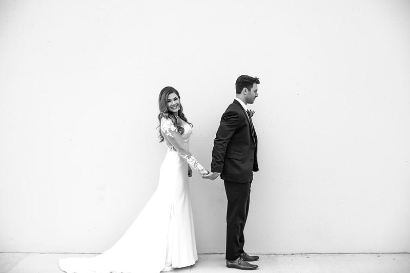 Kate&Josh_B&W_ZACH.WATHEN.PHOTOGRAPHER-191.jpg